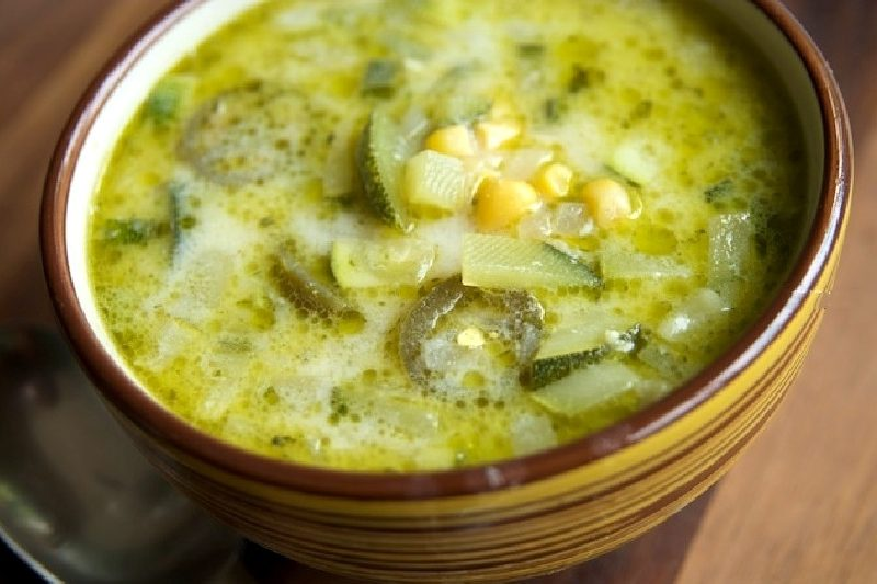Supa de dovlecei a la grec